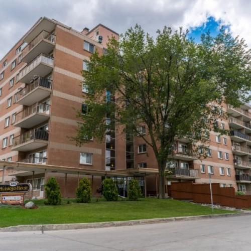 Aspenwood Apartments: Laurence Management Group Inc